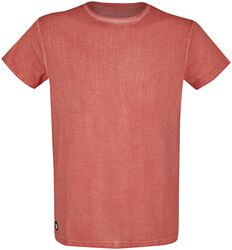 Red T-shirt with light washing