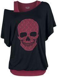 Schwarzes Shirt und rotes Top mit Print