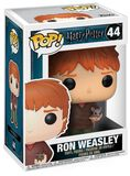Ron Weasley with Scabbers Vinyl Figure 44